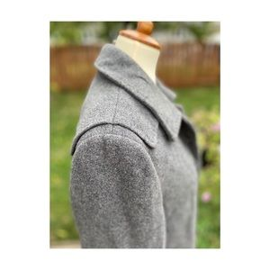 Tahari Grey Wool Peacoat Black Jewel Button